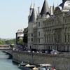 Boat Passing La Conciergerie