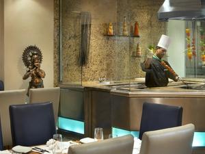 Maharaja Restaurant Tandoori Show Cooking