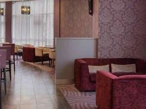 Coffee Lounge And Bar