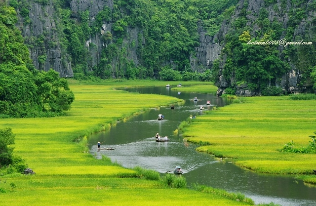Tam Coc and Bich Dong - Day Tour Photos