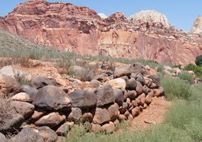 Black-Boulder Fence - South Fruita Vista Trail