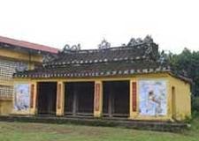 Bo Ban Communal House