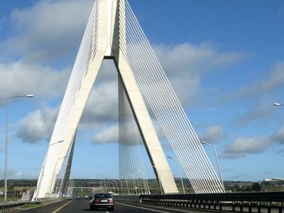 M1 Traffic Crossing Boyne River Bridge