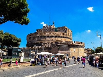 Castel Sant'Angelo Visitors In Rome