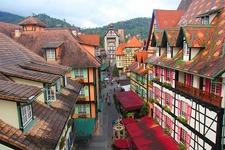 Colmar - Bukit Tinggi Resort