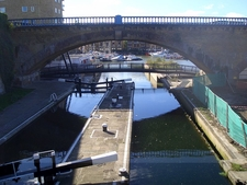 Commercial Road Lock On Regents Canal