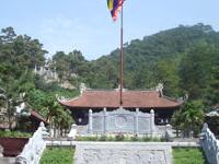 Con Son Mountain and Pagoda