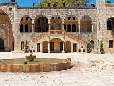 Courtyward Beiteddine Palace
