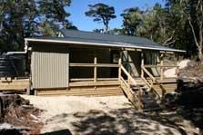 Deas Cove Hut
