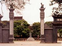 Dinh Bang Communal House