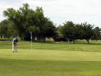 Dos Lagos Golf Course