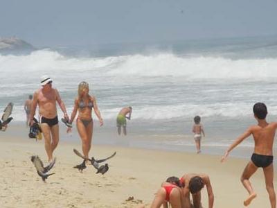 Ipanema Beach - Fun & Sand