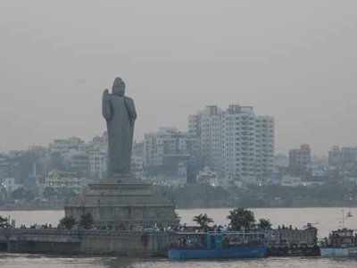 Launch Boat Rides To Buddha Statue