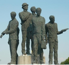 Boatmen Of Thessaloníki Monument