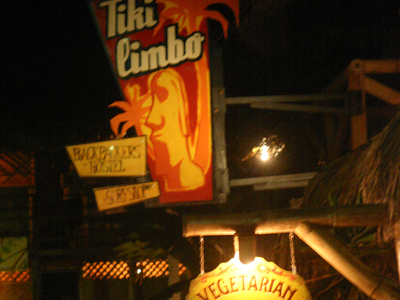 Tikilimbo, A Hostel In Montañita