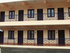 Hotel Side