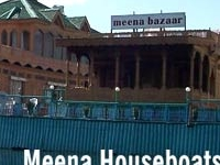 Meena Casas flotantes