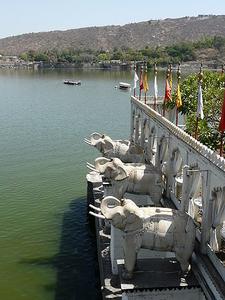 Jag Mandir Palace On Lake Pichola