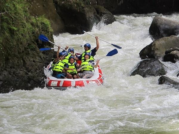 White Water Rafting with 'Manado Rafting' Photos