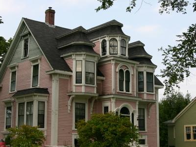 A Lunenburg House