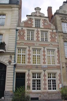 Maison Des Canonniers Cambrai
