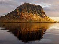 Mount Kirkjufell