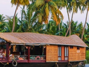 Enjoy the Beauty of Kerala