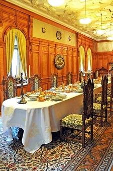 Pelişor Castle - Dining Room