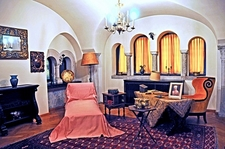 Pelişor Castle - Queen Mary's Office