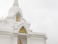 Phra Borommathat Chedi Kanchanaphisek