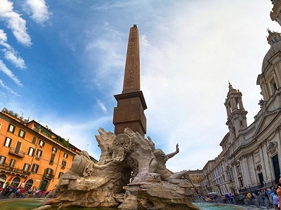Piazza Navona Fountain View - Rome