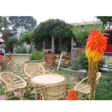 Resort Restaurant Lawn