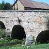 Puente de Piedra con tres agujeros