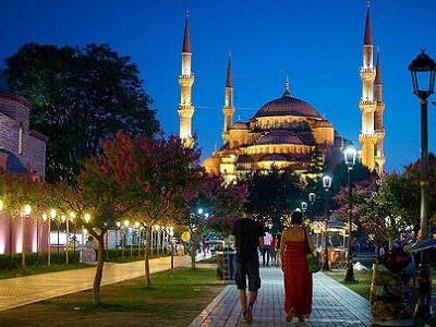 Sultan Ahmed Mosque Approach Way