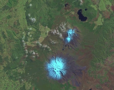 Tama Lakes Tongariro National Park - New Zealand