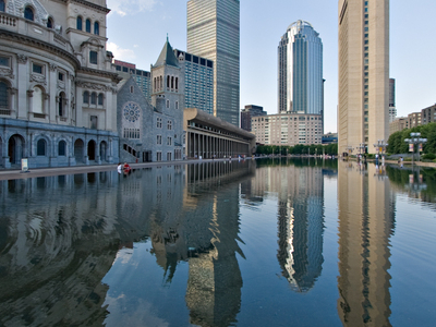 Reflecting Pool Of The Headquarters Of The Church Of Christ