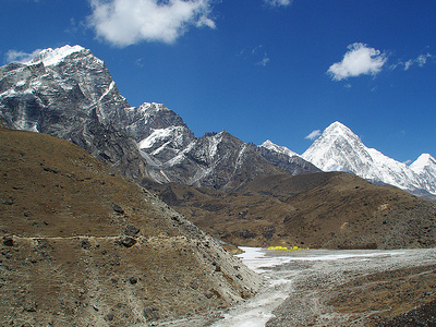 View Lobuche & Pheriche Peaks - Everest Region Nepal