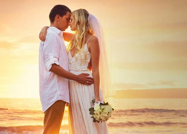 Honeymoon with Sunset in Sri Lanka Photos