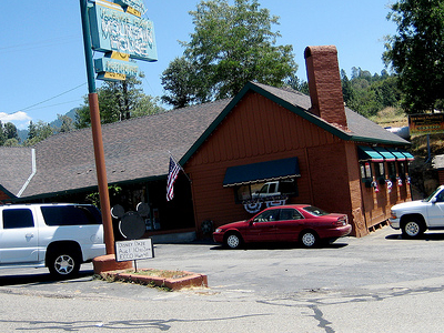 Yosemite Forks Mountain House