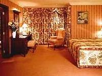 Oak Wood Arms Hotel