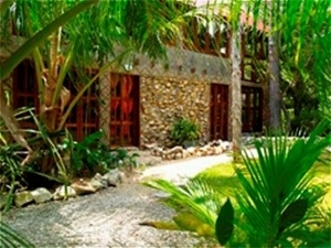 Maruba Resort Jungle Spa
