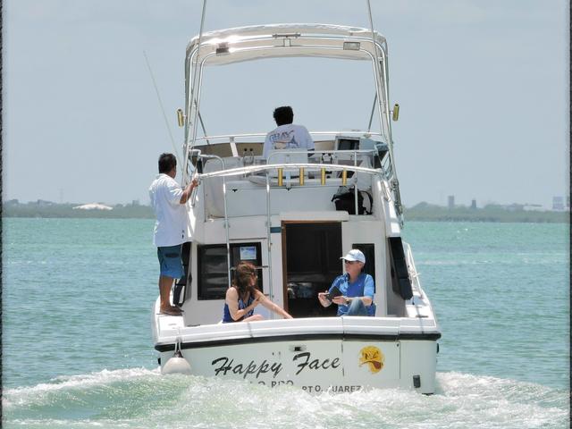 6 Hrs. Deap Sea Fishing 31'ft Charter Photos