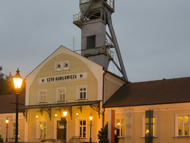 Wieliczka Salt Mine: 4-Hour Guided Tour from Krakow Photos