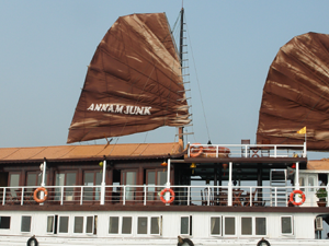 2 DAYS 1 NIGHT CRUISE HALONG BAY - ANNAM JUNK Photos