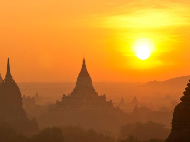 Beautiful Myanmar Tour Photos