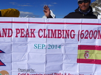 Island Peak Group Sep-2014