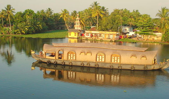 March Offer - Kerala with Houseboat Photos