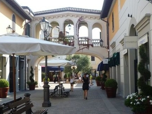 Serravalle Outlet Shopping Tour Photos