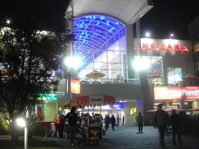 Mall Plaza Tobalaba