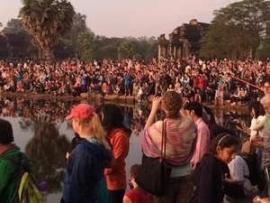 Sunrise Tours To Angkor $15/PP Fotos